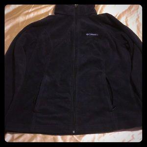 Black Columbia sweater